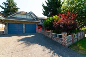 居外网在售加拿大5卧5卫曾经整修过的房产总占地674平方米CAD 1,780,000