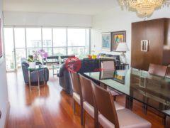 居外网在售秘鲁San Isidro3卧4卫的房产总占地245平方米USD 520,000