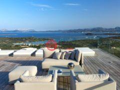 居外网在售意大利Arzachena9卧12卫的房产总占地6000平方米