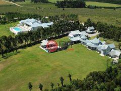 居外网在售乌拉圭Barra de MaldonadoUSD 13,000,000总占地50000平方米的商业地产