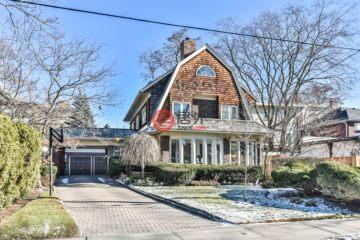 居外网在售加拿大4卧6卫原装保留的房产总占地778平方米CAD 4,395,000