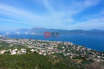 居外网在售希腊3卧3卫新房的房产总占地100平方米EUR 215,000